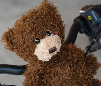 A 7-year-old boy was found alone in front of a drug store, trying to sell his teddy bear to buy food.