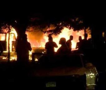 Image from Milwaukee riots after a black officer shot an armed Sylville Smith,